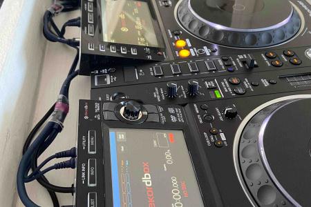 DJ Booth Steigerhout Wit Huren